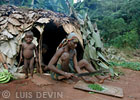 Extended family, from Luis Devin's fieldwork in Central Africa (Baka Pygmies, Cameroon)